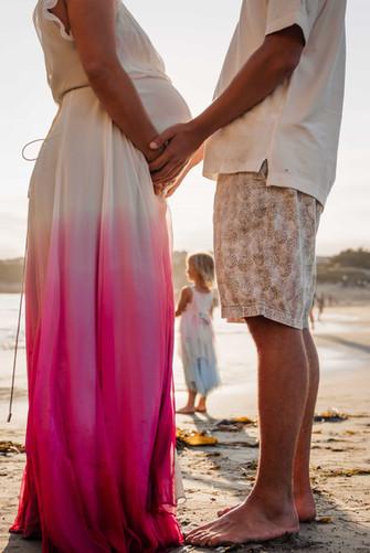 Maria_Stokolosa_Maternity_Beach_2.jpg