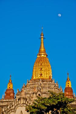 Ananda Pagoda, Bagan, Myanmar 2007
