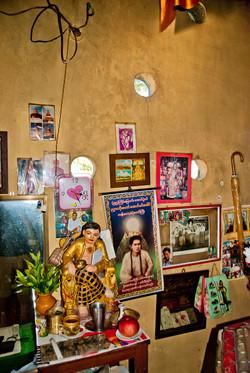 Room Interior, Yau Kyaw Pagoda_, Yangon 2008