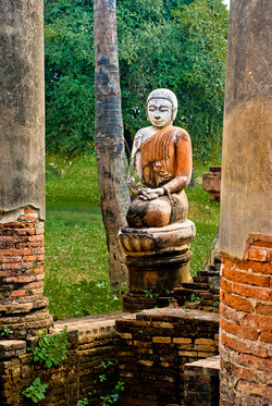 Buddha in ancient Ava (Inwa) 2007