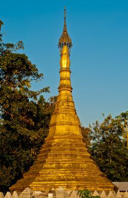Stupa, Dalah, near Yangon 2007
