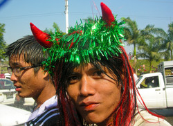 Thingyin, Yangon 2010-10