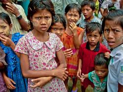 Children, near Yangon 2007