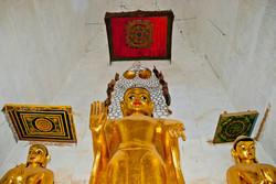 Standing Buddha, Bagan 2007