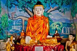 Buddhas, Shwedagon Pagoda, Yangon 2009