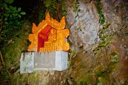Golden Buddha, Htat Sann Cave, Taunggyi, Myanmar 2008