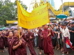 Buddhist Monks, September 2007 Demonstrations, Yangon 2007-4