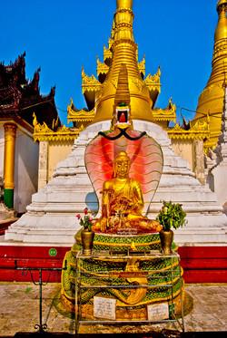 Buddha, Shwedagon Pagoda, Yangon 2010