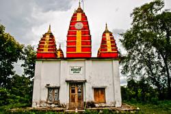 Small Temple, Akauk Taung (Tax Mountain), along the Ayeyarwady River north of Pyay, Myanmar 2008