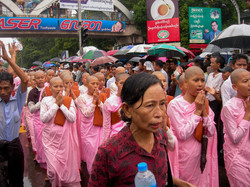 Buddhist Nuns, September 2007 Demonstrations, Yangon 2007