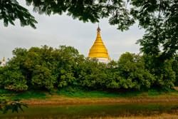 Pagoda, Inwa (Ava), Myanmar 2007