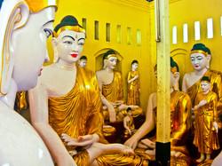 Buddhas, Shwedagon Pagoda, Yangon 2007