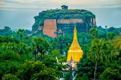 Pagoda, Mingun, Myanmar 2007