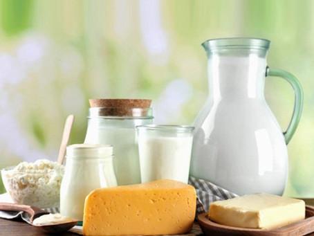 Cotações dos lácteos subiram no atacado e varejo em setembro, mas altas foram mais comedida