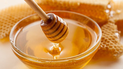 Honey with Dripper and Bowl