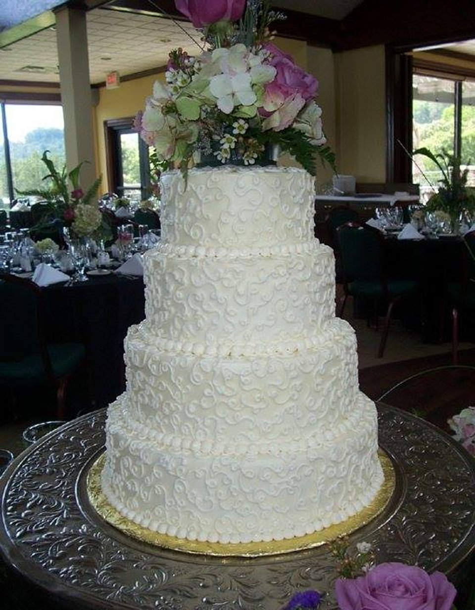 4 Tier Wedding Cake With Doodle Decoration 2
