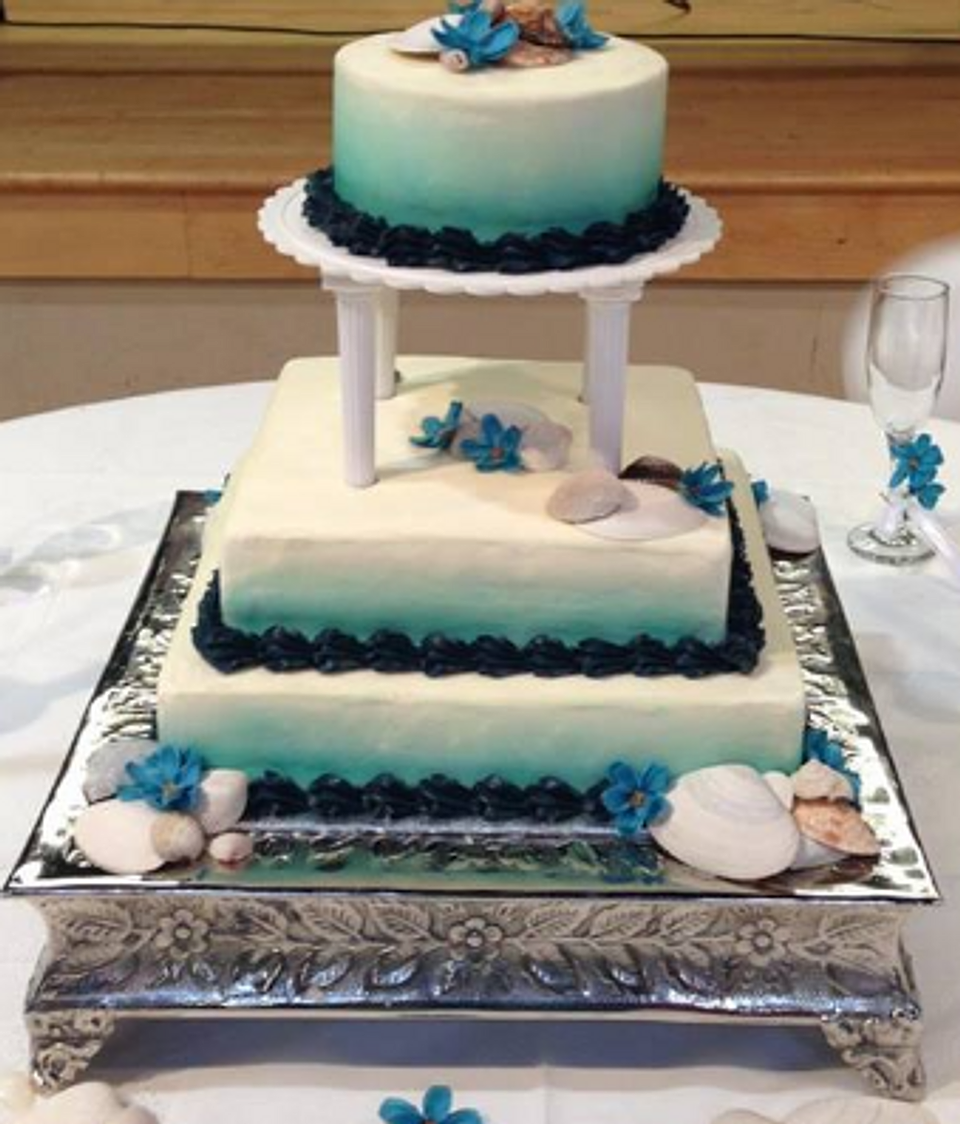Cupcakes asheville a la cupcakes wedding cakes 3 tier wedding cake with ombre airbrushing junglespirit Choice Image