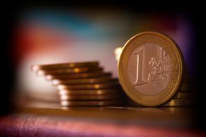 Was ist Geld und wie entsteht es?