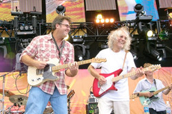 Vince Gill and Albert Lee