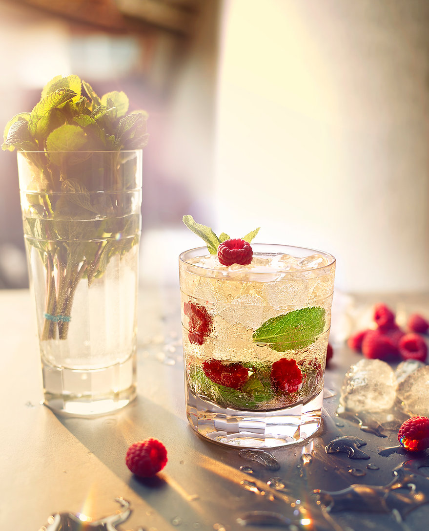 cool mint and rasberry drink