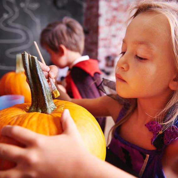 Pumpkin Decorating Fest in Mequon (Indoor/Outdoor)