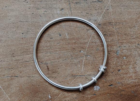 Circle Silver Bangle