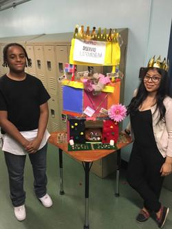 Photo Shows Students At Hudson!