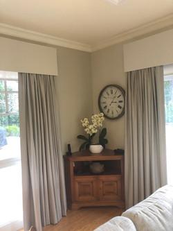 curtains and pelmet 2