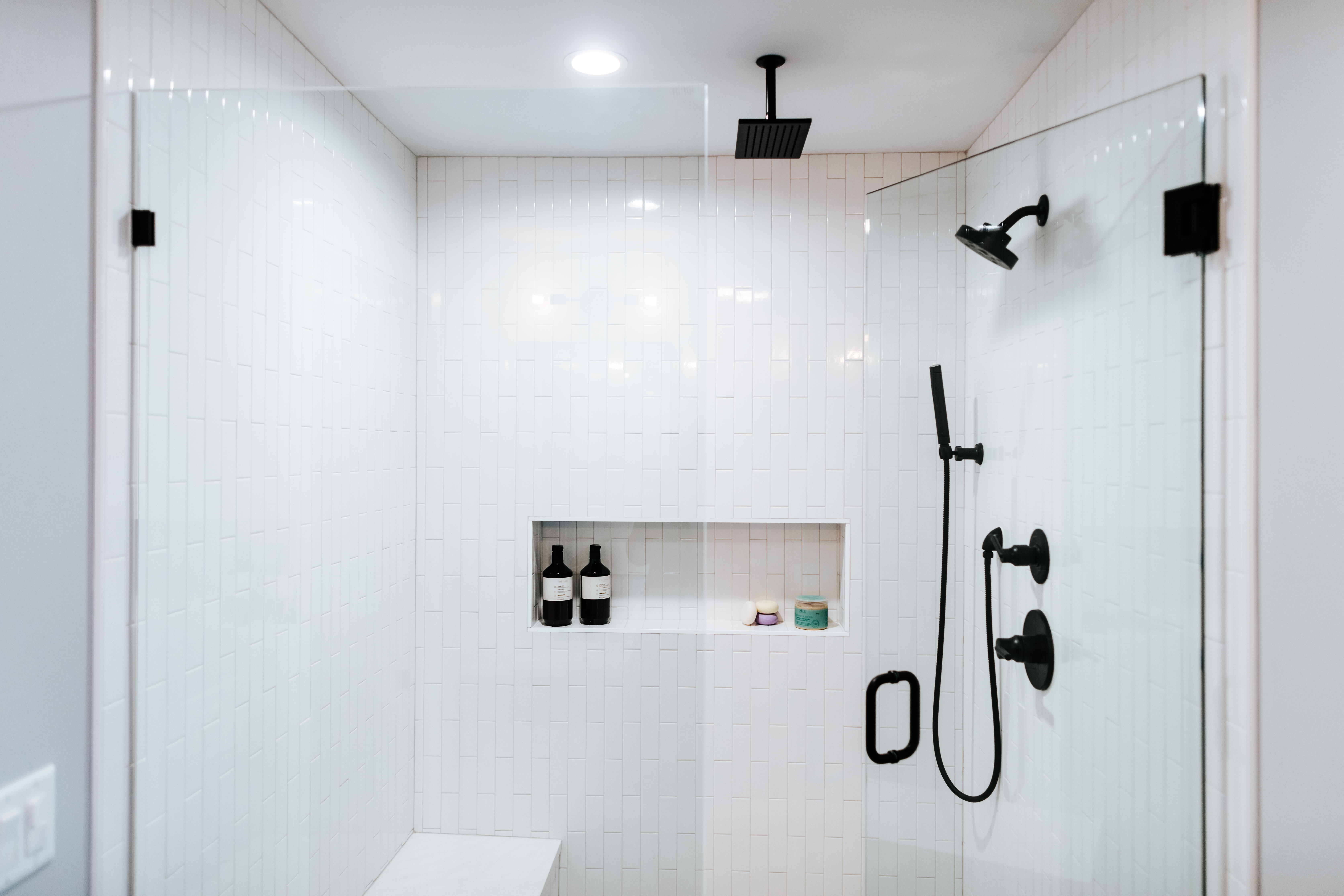 Contemporary Master Shower