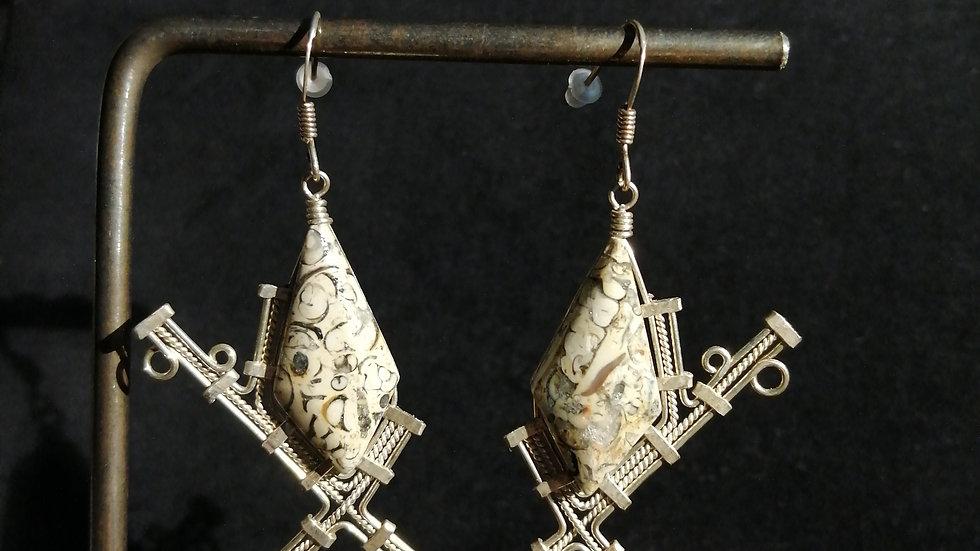 Boucles d'oreilles en fossile et argent