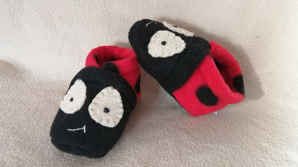 Chaussons coccinelle 3-6 mois