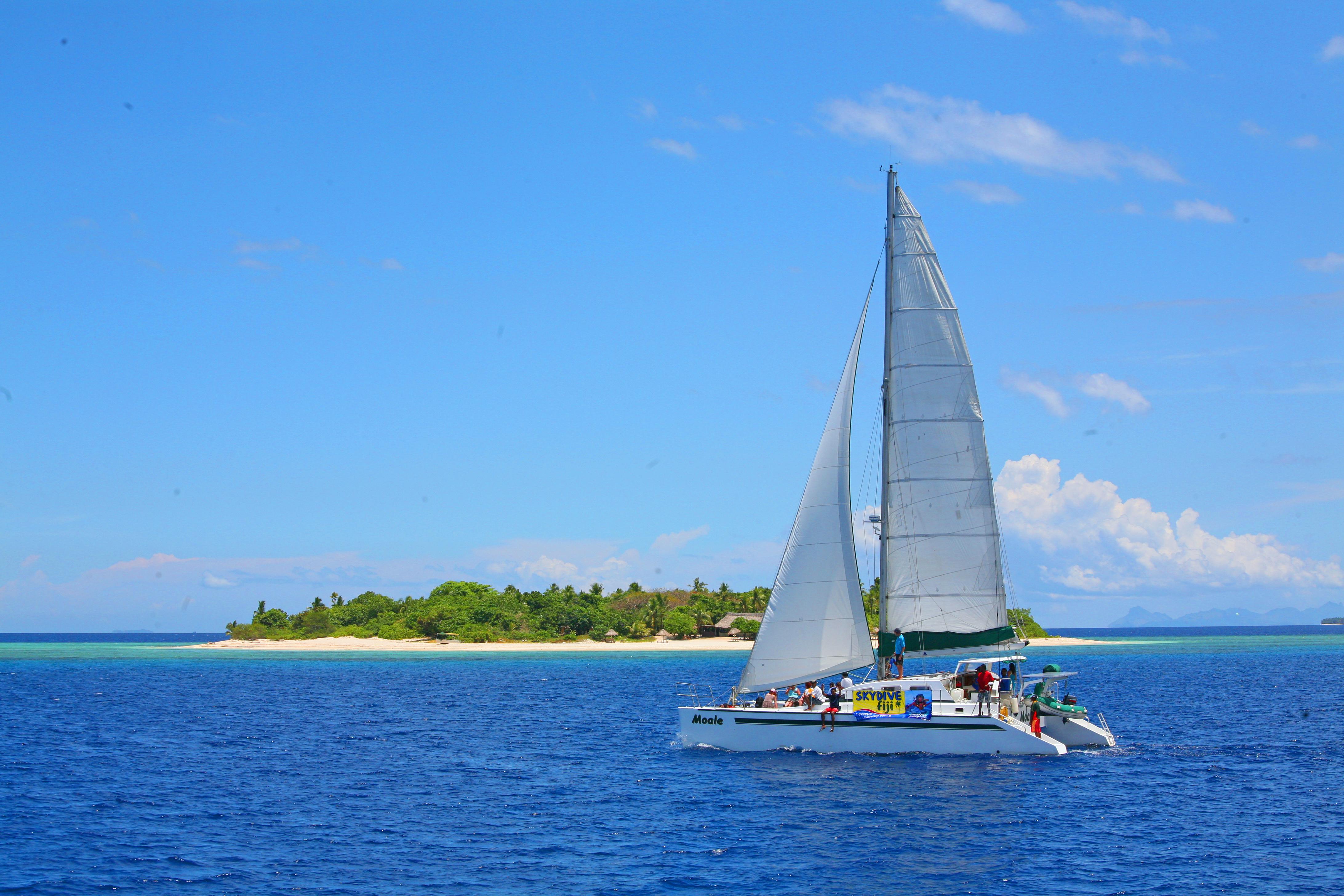 Surf trips Fiji