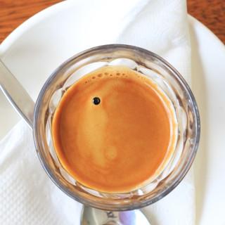 Coffee Art_8515 web.jpg