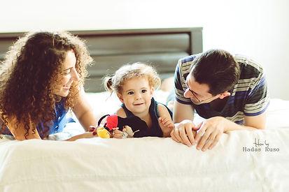 הורים ובת