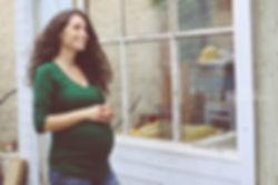 תמונת היריון באור טבעי