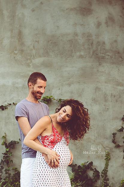 גבר ואישה בהריון