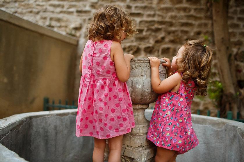 בנות דודות