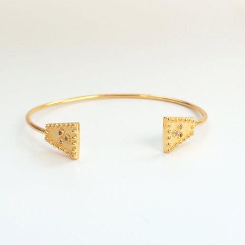 The Mini Sari Bracelet in Gold