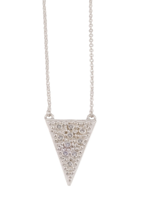The Tavi Necklace in Silver