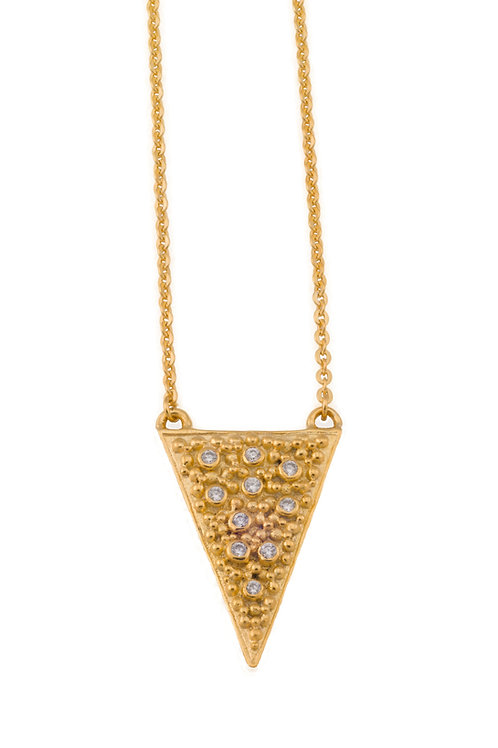 The Tavi Necklace in Gold