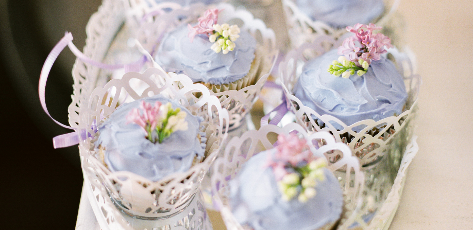 Gabriela Ines Photography. Cakes by Soft Peaks Cakery.