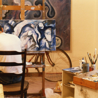 al lavoro nello studio di via Bramante 39 (1987)