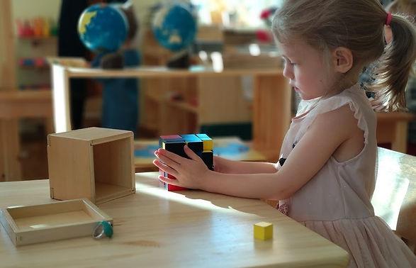 Detskiy sad Montessori