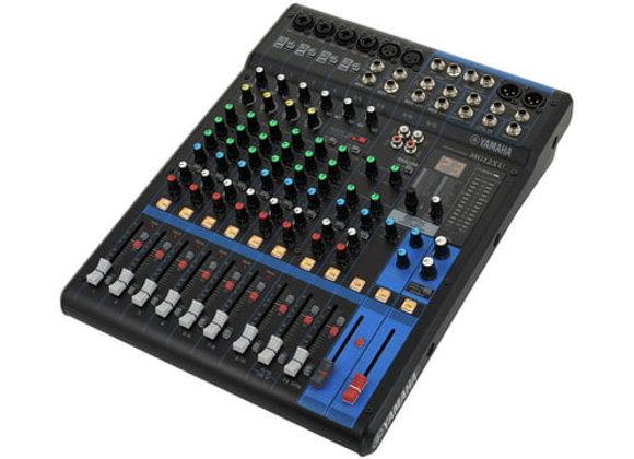 MG12XU YAMAHA - Mezcladora 12 canales, efectos, compresor, USB