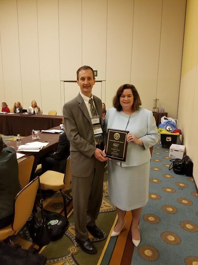 Jennifer Dietz receiving the ALC's Outstanding Service Award