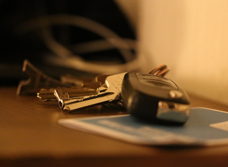 Why you need to Hire an Auto Locksmith for Car Key Replacement in Cardiff