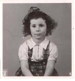 Gitta Kempinski gik i 1. klasse 1944