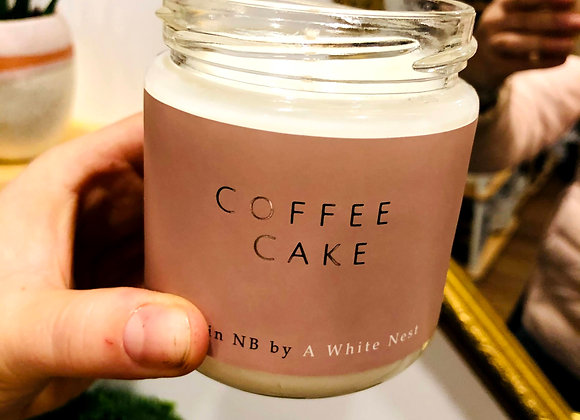 White Nest Candle - Coffee Cake