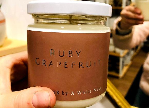 White Nest Candle - Ruby Grapefruit
