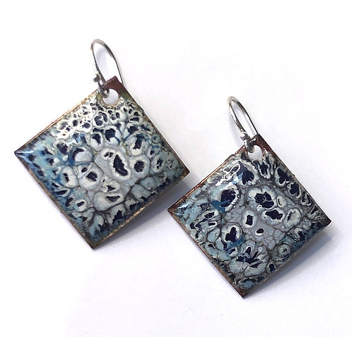 ERE 318 Earrings Enamel